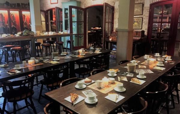 Koetshuis koffie en gebak