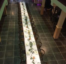 Koetshuis lange tafel familiefeest
